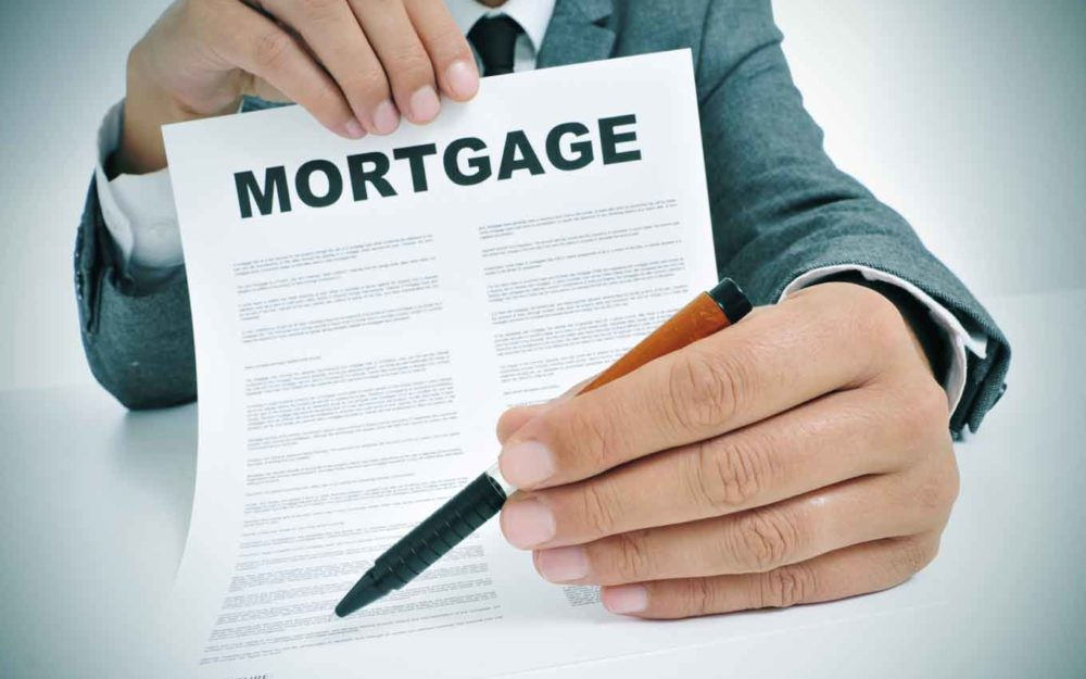 Should I use a mortgage broker?